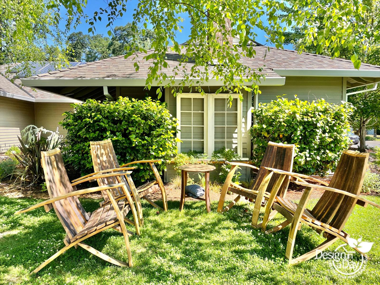 Simple overflow seating in DIY Landscape Design