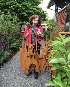 Landscape Designer Carol Lindsay at Designers Garden Tour - M Wynton design